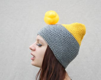 Knitted Slouchy beanie hat Grey yellow womens hat Gift for her Cute beanie Festival hat Baggy beanie Chunky hat Fall fashion Hand knit hat
