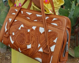 Hand Tooled Mexican Leather Purse