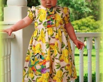 Lemons dress. Girls lemons dress. Lemons. Summer lemons dress. Girls dress, pockets. Summer dress Sizes Newb, 0-3, 3-6, 6-12,1,2,3,4,5,6,7,8