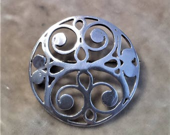 Sterling Silver Knutp Design Brooch
