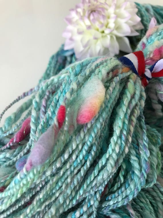 Sale! -20% Hand spun and hand dyed merino and Tussah silk art yarn with glitters and nepps 107 gram, 217 meter