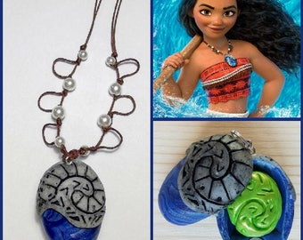Moana Necklace Open/close with heart of te Fiti/V necklace openable version with heart of Te Fiti