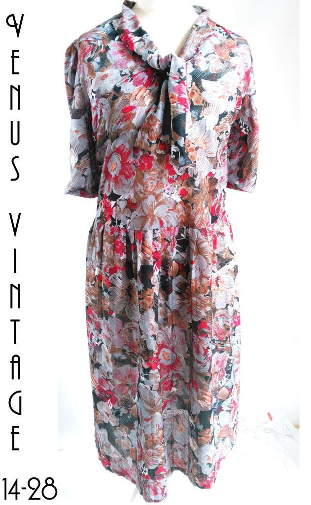 plus size uk 26 vintage 1980s floral tea dress scarlet