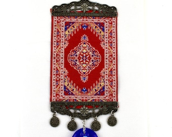 Handmade Turkish Carpet / Evil Eye – Nazar Alloy Wall Hanging