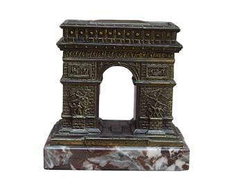 French Vintage Arch of Triumph Paris Hinged Box - Paris Souvenir Box - Parisian Landmark Travel Souvenir - Cigarette or Trinket box