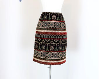 "1990s Skirt - Tapestry Mini Skirt - Patterned Boho Brocade Pencil Skirt - Winter Fall Vintage Skirt - Size 28"" Waist - Size Medium"