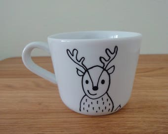 Mug, hand drawn figure of deer