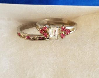 R011 Vintage Sterling Silver Ring with Pink and White Stones - Size 6.25