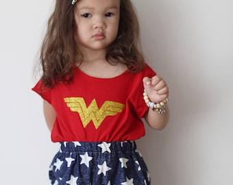 WONDER WOMAN Crop Top / Shirt in Red with glitter gold design  / Baby / Kids / girls / WW inspired