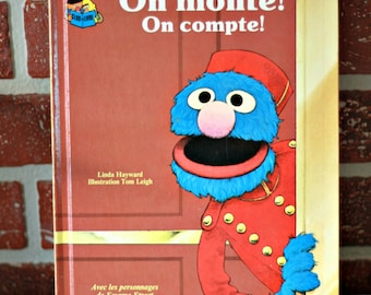 1984 FRENCH Sesame Street book, Grover book, Jim Henson, Kids gift, Christmas gift, Geek gift, 80s tv show, 80s kids, Book lover