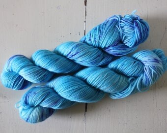 Hand dyed MCN 80/10/10 Merino/Cashmere/Nylon - 100g/400m - MCN - Turquoise Delight