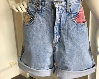 Zena color-block high waisted shorts