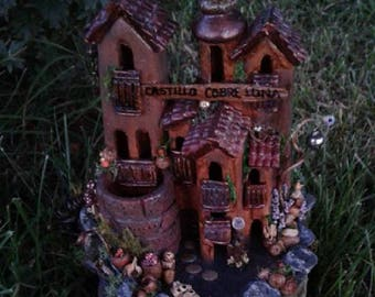 Fairy Castle, One-of-a-Kind, Fairy Garden House, Castillo Cubre Luna, Copper Moon Castle