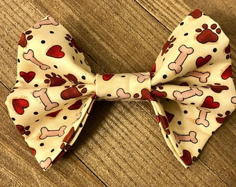 Puppy Love Bow Tie, Bones, Paw Prints, and Hearts Bow Tie, Dog/Cat Bow Tie