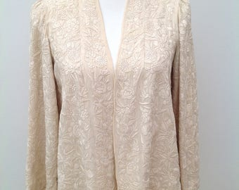 Beautiful 1920s jacket Chinese embroidered silk cream floral vintage antique