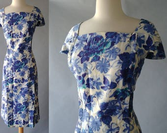 Cool Water Floral Print 50s Dress  | Vintage late 50s / Early 60s Blue Watercolor Floral Print Sheath Dress