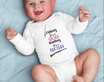 Fishing For A Sister, Hunting For A Brother, Funny Shirt Kids, Pregnancy Reveal, Baby Announcement, Gender Reveal Shirt, Toddler Raglan Tee