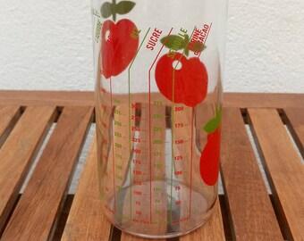 Henkel meter/measuring cup vintage red apples