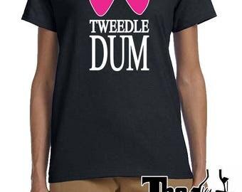 TWEEDLE DUM, TEE