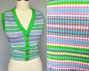 coeds / 1970s knit top button up sweater vest / medium