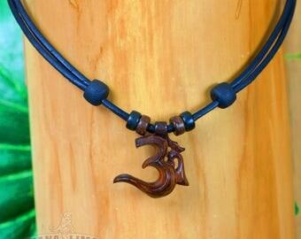 Chain surfer necklace leather jewelry om symbol Hana Lima ®