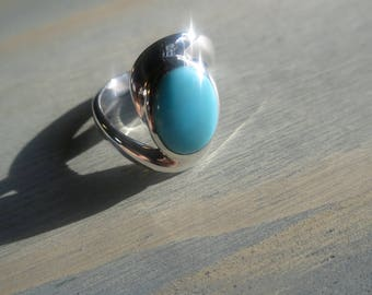 Mexican Turquoise twisted Band Ring in Sterling Silver