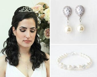 Bridal Jewelry Set, Wedding Jewelry set for Brides, Pearl Bridal Earrings and Bracelet,Bridal Necklace and Earring set,Pearl Wedding Jewelry