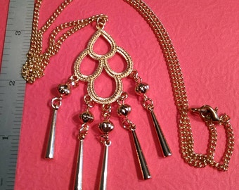 Vintage, Gold Toned Pendant. Gently Used. Lot A