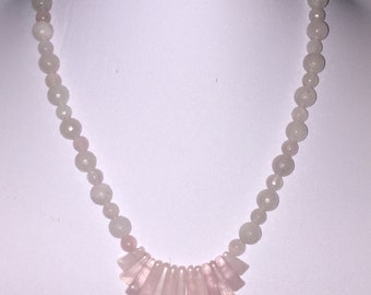 Rose quartz beads and bars necklace with magnetic clasp