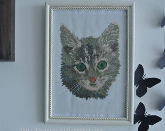 Frame - embroidery - cat