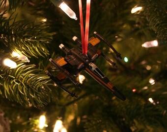 Poe's X-wing kerst Ornament