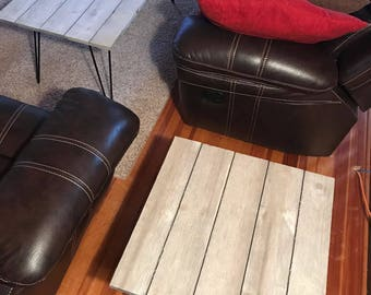 Rustic Shiplap End Table (barn gray)