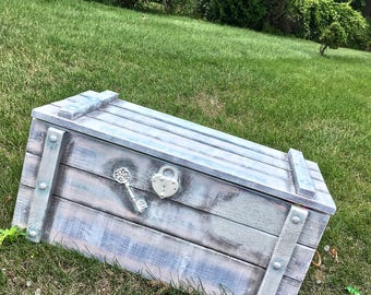 Treasure Chest Toy Box for Girls Toy Box_Large Toy Chest_Toy Box Personalized_Distressed Wood_Shabby Chic Girl Nursery_Chalk Paint Furniture