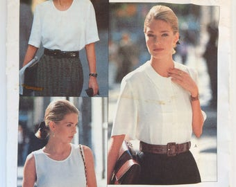 Vogue Career Tamotsu sewing pattern 2454 - Misses'  petite top and blouse - vintage - size 12-14-16
