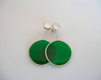 Silver Transparent Earring with green-coloured resin