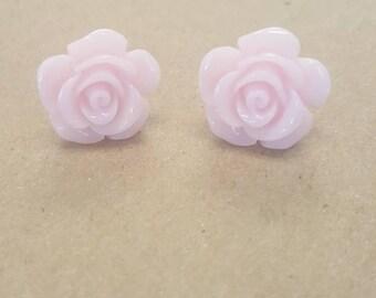 Cute flower post earrings