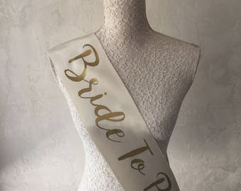 Bachelorette Sash, Bridal Sash, Bridesmaid Sash ,Bridal Gift, Bride ,Wedding sash ,Personalized, Bride to be ,Bridal Shower, Wedding Gift
