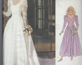 Vintage Vogue Bridal Original Sewing Pattern 1092  Wedding Bridesmaid Dress  Size  8   Uncut Factory Folded