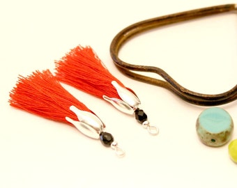 2 PomPoms red 45 mm, tassels handmade Pearl black, silver tassel