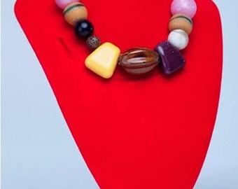 beautiful handmade ladies necklace