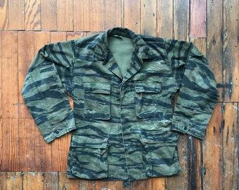 1970's Medium Vietnam Era Tiger Stripe Camo Jacket