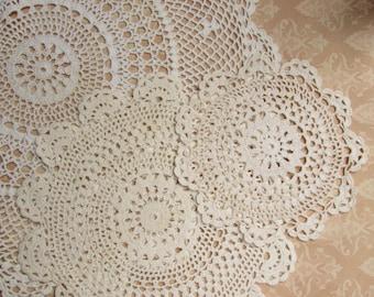 Set of 3 crocheted lace Doilies 37cm-21cm-14cm