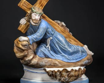 Antique Jesus Christ Carrying The Cross Porcelain Statue Holy Water Font