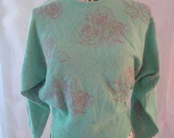 SIZE M 1950s Green Rose Sweater
