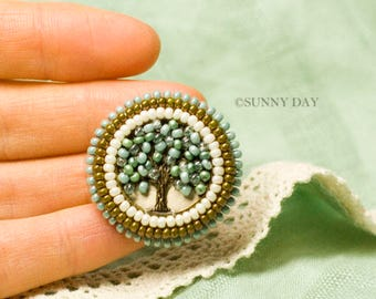 Life Tree Embroidered Brooch handmade elegant jewelry seed beads embroidery Pin small round brooch summer tree august