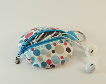 round coin purse / case for your MP3 earplugs or hand spinner