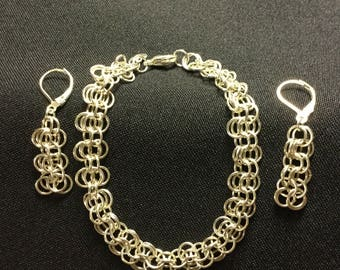 Chainmaille Bracelet and Matching Earrings