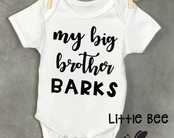 My big brother barks, Baby Onesie, New Baby, Dog sibling, Cat sibling, Dogs, Baby Shower Gift, New Baby, Onesie, Big brother has paws