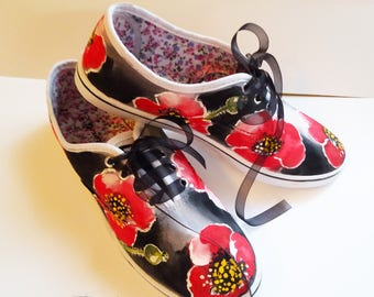 Poppies Sneakers,  Hadpainted Shoes, Poppies Shoes, Hand Painted Sneakers, Footwear Poppies, Handpainted Poppies Footwear, Shoes Art