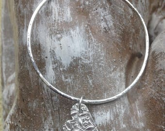 Hammerd Sterling silver Bangle with heart charm